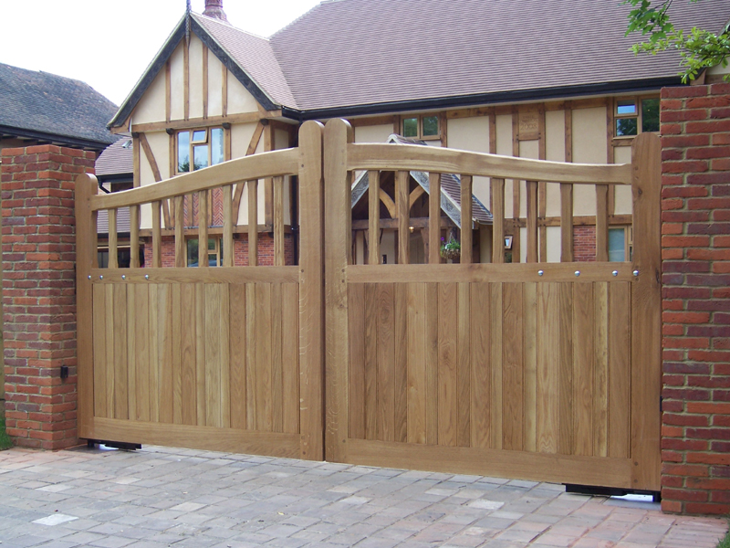 Wooden Gates New Home Remodelling